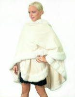OFF WHITE CASHMERE CAPE