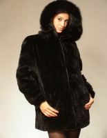 BLACK SCULPTURED MINK JACKET